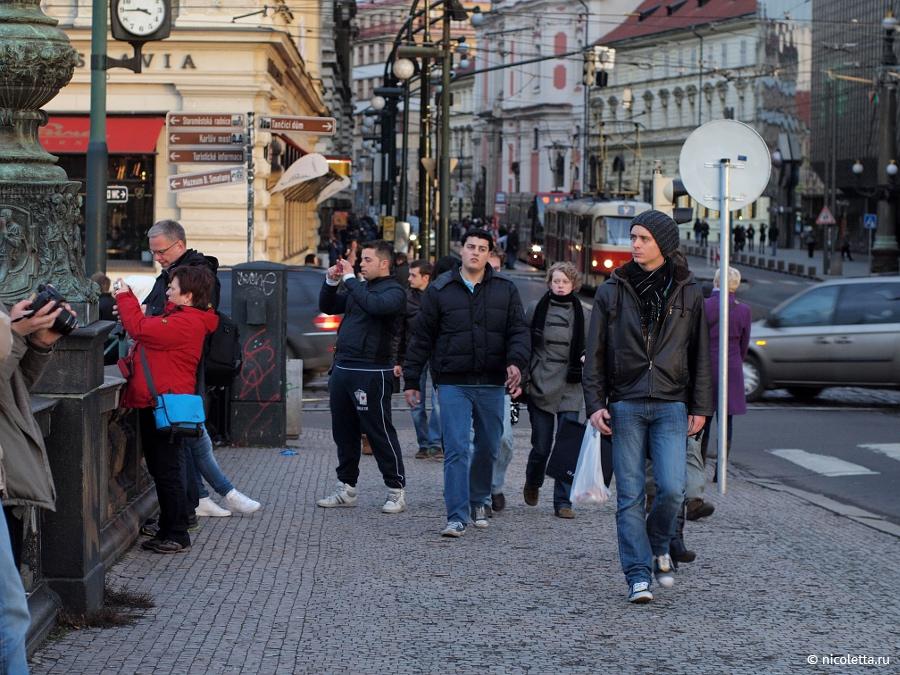 Смотреть Знакомство На Улице Чехия