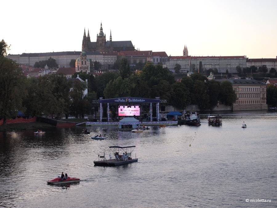 Сон в летнюю ночь в Праге